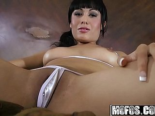 Mofos - Shes A Freak - (Athena Amour) - Racing Divertissement